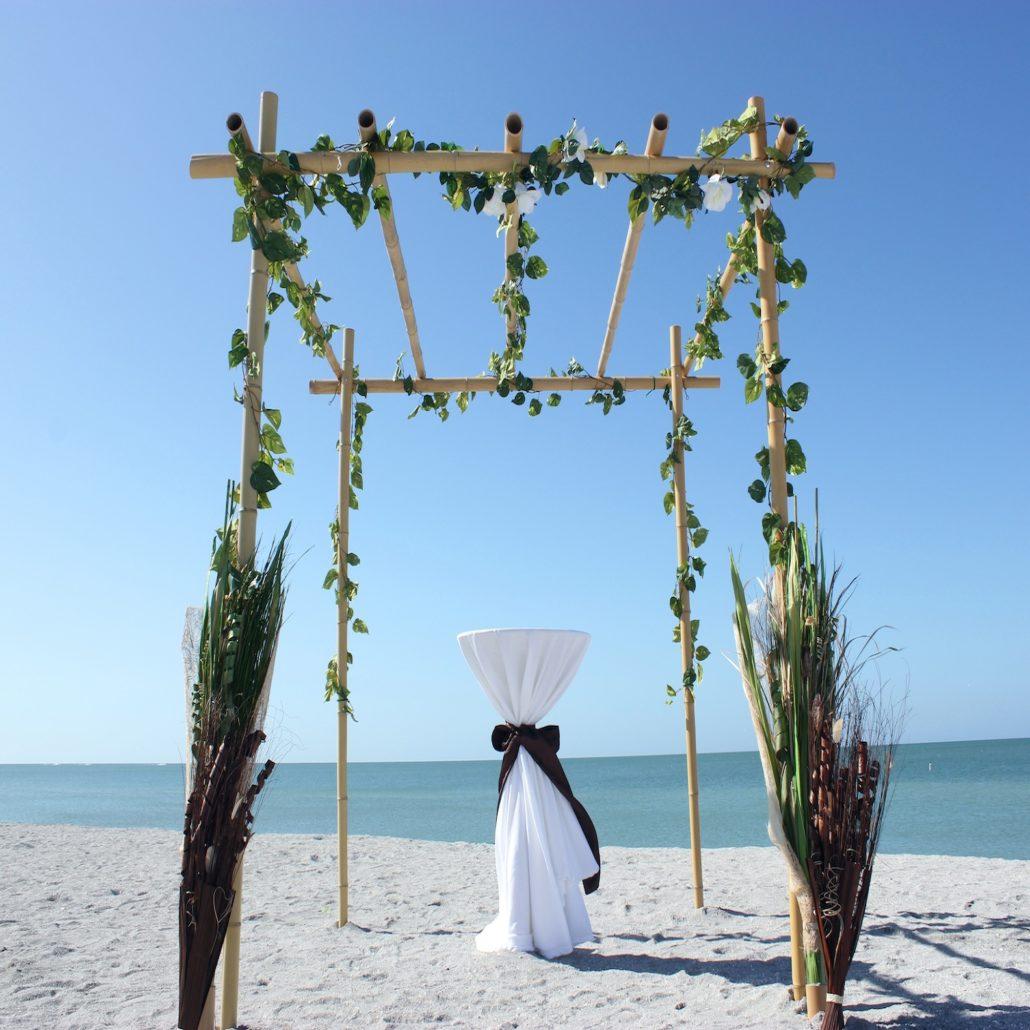 Siesta Key Beach Wedding Ceremony: 7_Ocean_Vines_close_up