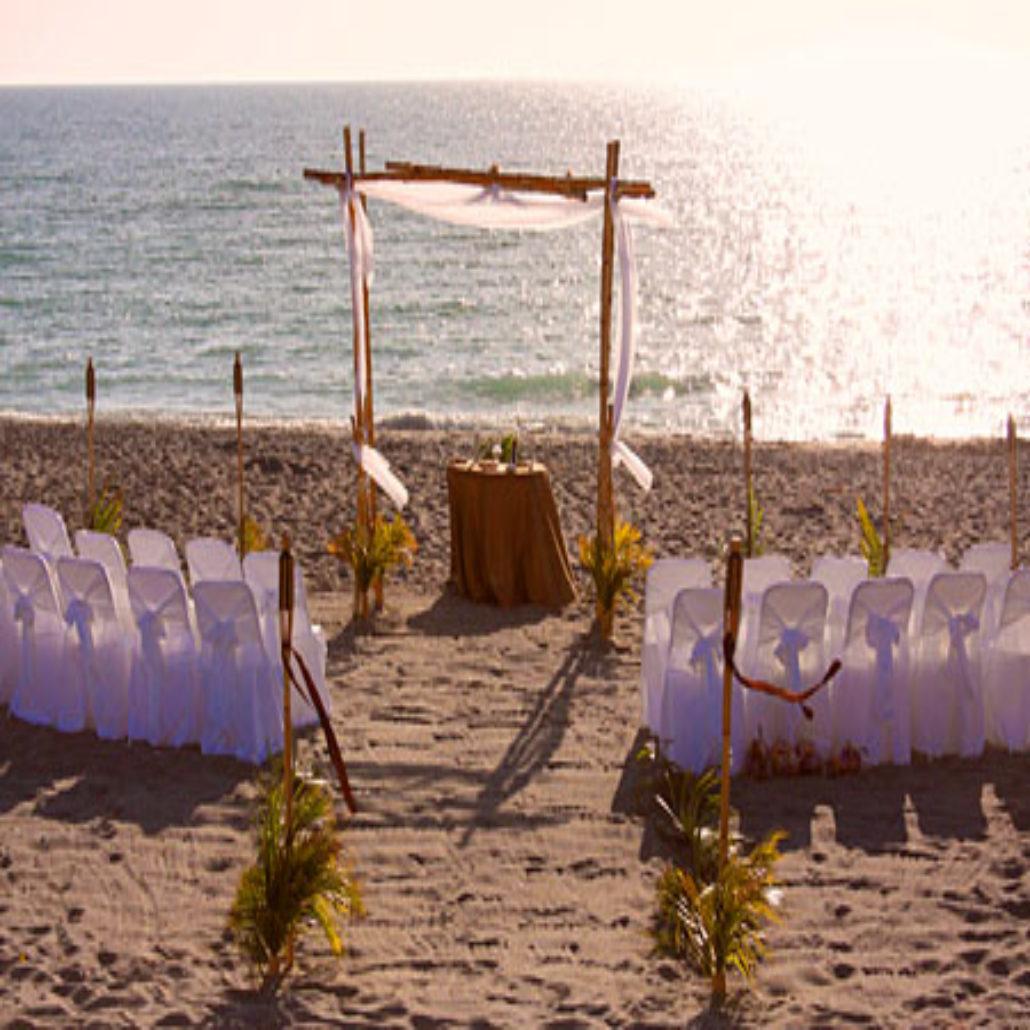 Siesta Key Beach Wedding Ceremony: Bamboo-Trellis-Wedding-Ceremony-On-Siesta-Beach-Florida