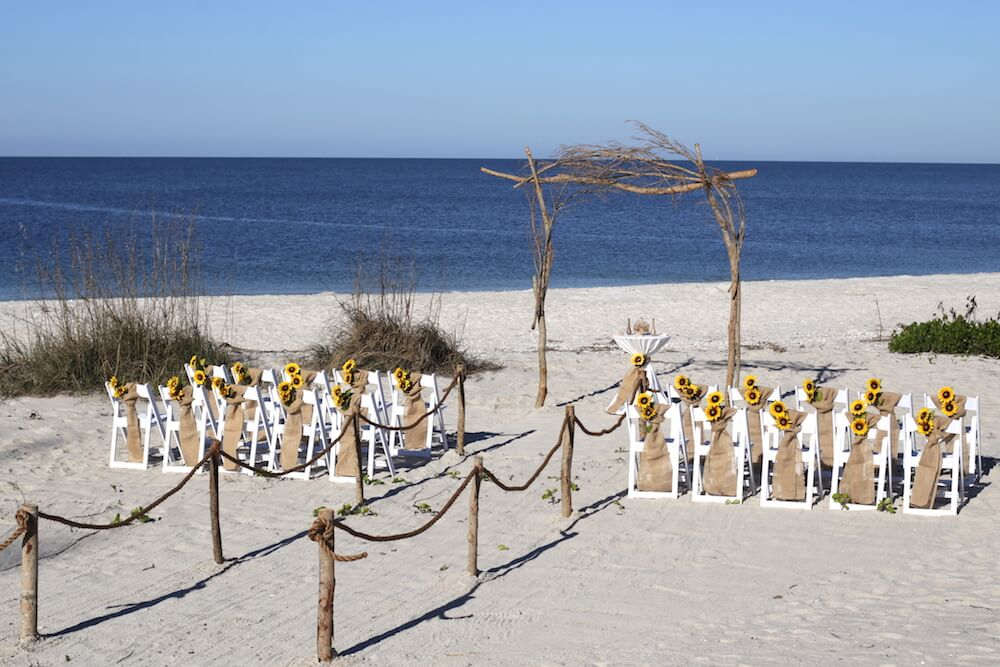 Simply Nature Set Up With Sunflowers For Florida Beach Wedding Sun Weddings