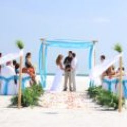 ocean waves aqua beach wedding package | floridasunweddings.com