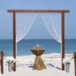 red wood trellis beach wedding florida | floridasunweddings.com
