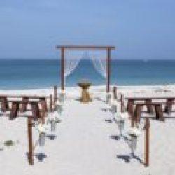 red wood trellis | beach wedding package