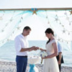 sea stars beach wedding package in white aqua | floridasunweddings.com
